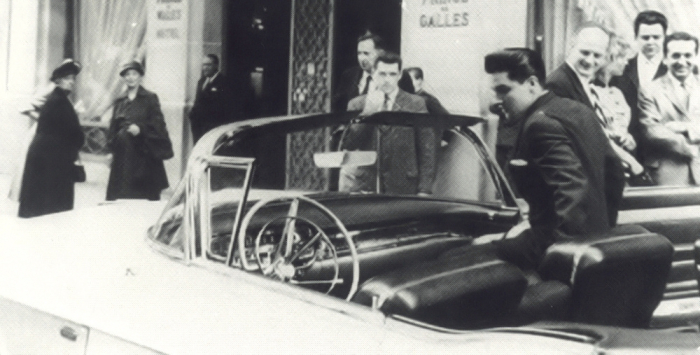 Elvis in Paris
